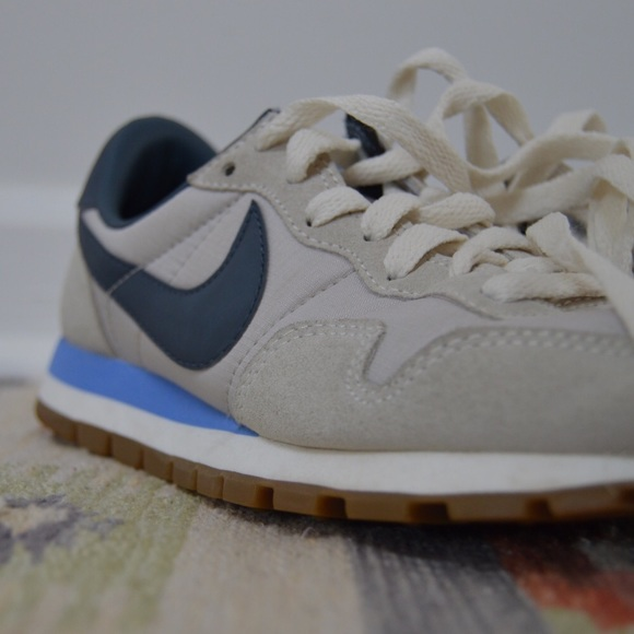 bad4ac59a16 Nike Vintage Collection Air Pegasus '83 Sneakers. M_5acb9e098df47092603a4d19